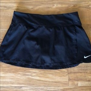 Nike Black Skirt with Built in Briefs size Small